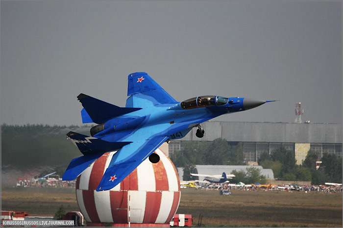 http://www.russos.ru/img/avia/maks2007/maks-095.jpg